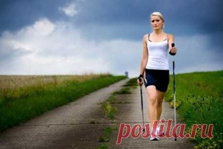 Насколько полезна скандинавская ходьба