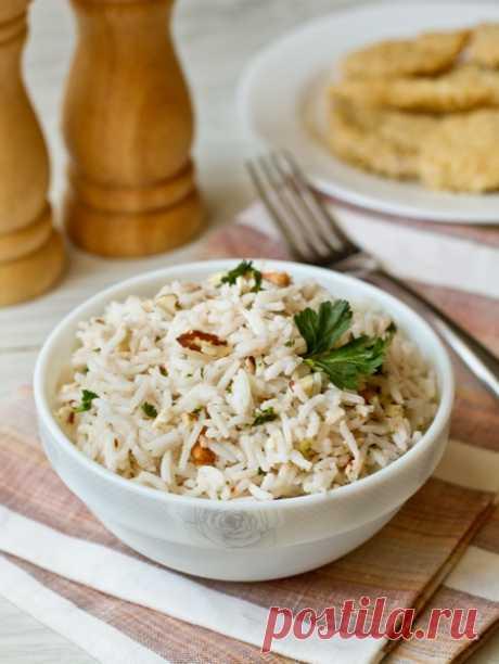 Рис с грецкими орехами