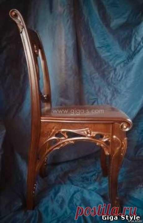Резной стул - Художественная мебель  - Giga Style - семейная мебельная мастерская.  изготовление мебели, качественная натуральная мебель, заказать стол, стулья, трюмо с зеркалом, кровати из дерева, мебель массив, столярные изделия, мебельная мастерская, мебель на заказ из дерева, тумбы из дерева, зеркало резное, кровати для спальни, резная мебель, резьба по дереву, деревянная резная мебель, шкафы барокко, мебель прованс, мебель из ольхи, мебель барокко, прикроватные тумбы, лестницы под ключ,