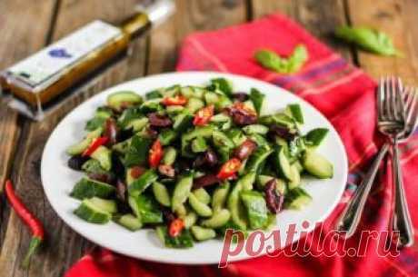 Необычные блюда Китая Для многих людей не является секретом, что в китайской традиционной кухне просто огромнейший перечень самых разных продуктов. И то, что китайцам привычно употреблять в еду, россияне и другие народы мо…