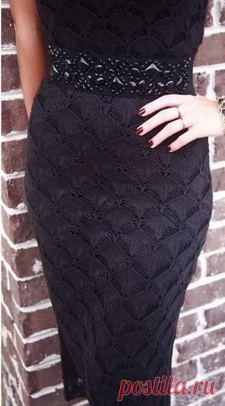 Красивый узор спицами для платья    ©