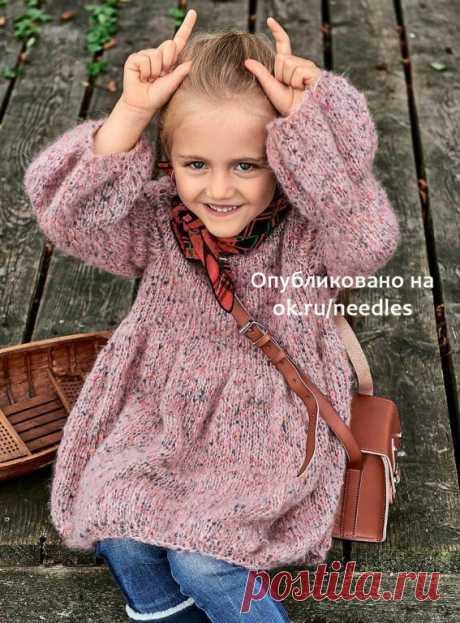 Платье-«фонарик» спицами для девочки (Вязание спицами) Теплое объемное платье модного фасона можно носить как и куда угодно!