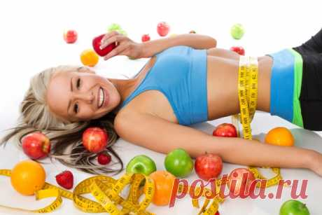 Похудеть за четыре недели Похудеть, применяя эту диету, можно на 3-5 кг, при этом подтянуть живот и сохранить хорошее настроение и бодрость. Первая неделя Шаг 1. Необходимая цель – это принимать пищу до пяти раз в день: завтрак, второй завтрак, обед, полдник, ужин. Питание в таком режиме ускорит обмен веществ, при этом организм сжигает большее количество калорий в состоянии покоя. Промежуточный прием пищи должен