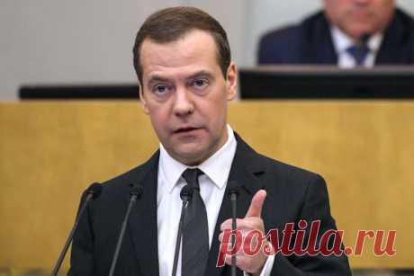 Оренбург и Медведев, мнение простого народа о Медеведеве | народный микрофон | Яндекс Дзен