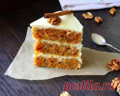 Морковный торт.  Просто волшебный торт. Очень ароматный, с хорошими плотными коржами (кстати, в них будут очень крупные поры, которые быстро заполнятся кремом), приятным сочетанием кислой сметаны и сладковатых (не сладких) коржей. Ингредиен...