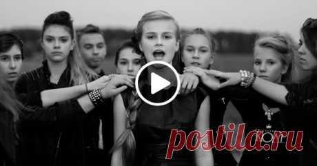 Кавер на композицию Виктора Цоя «Кукушка» в исполнении 12-летней Даши Волосевич 🎤🎵 Вот это голос – даже дыхание перехватило! Цой был бы доволен!