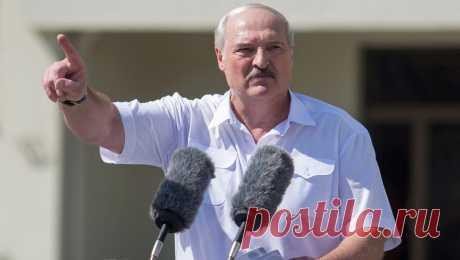 20.10.20-Лукашенко снова заявил, что не держится за власть «посиневшими руками» Президент Белоруссии Александр Лукашенко заявил, что ради себя не держится за власть «посиневшими руками», передает «БелТА» .