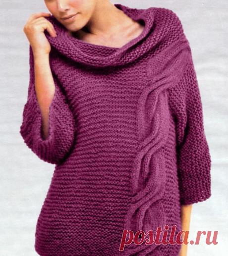 """Модный пуловер простой вязкой, украшенный """"Жгутом"""", с описанием и схемами (Вязание спицами) Этот оригинальный пуловер связан самым простым узором — платочной вязкой, где все ряды провязываются лицевыми петлями. Ярким украшением является красивый широкий """"Жгут"""", проходящий асси…"""