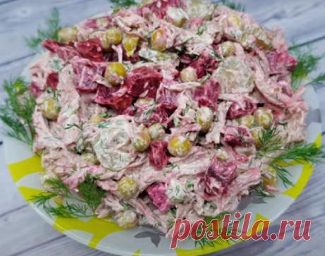 Пикантный салат к празднику Простой и вкусный салат к празднику и не только. Салат получается довольно интересный с легкой пикантной ноткой. Свекла с сельдью просто идеально сочетаются между собой и дают довольно...