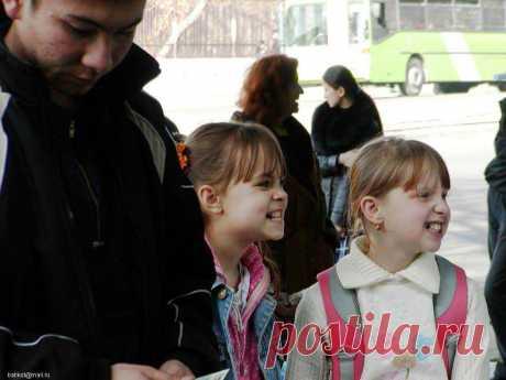 Tashkent LITTLE GIRLS...