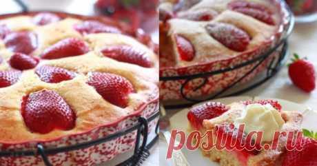 El pastel italiano con la fresa, que se prepara a la vez-dos. ¡Usando la temporada al alquitrán su casi cada fin de semana!