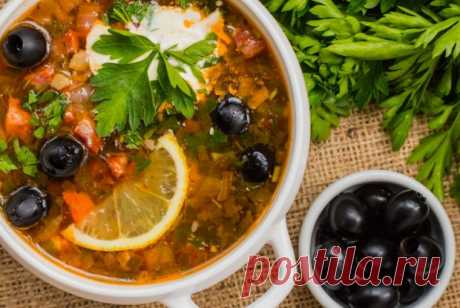 Солянка мясная сборная с беконом рецепт – русская кухня: супы. «Еда»