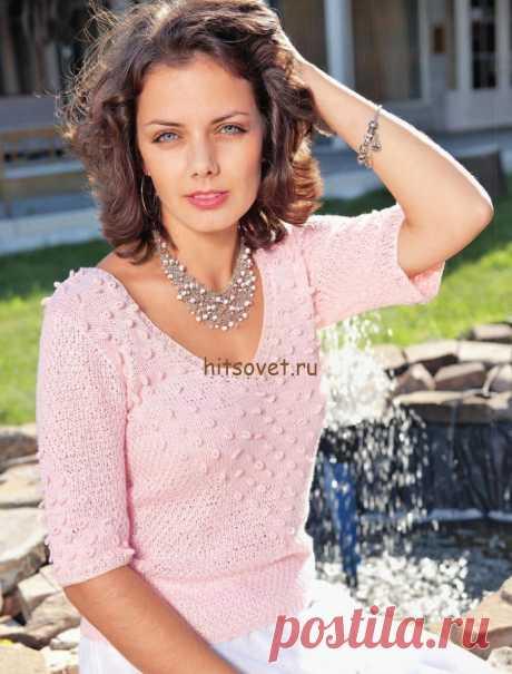 Кофточка спицами  Модная модель розовой кофточки для женщин с бесплатным описанием вязания.  Вам потребуется: 250 грамм розовой пряжи, состоящей из 50% хлопка, 50% акрила, длиной нити 150 метров в 50 граммах; спицы № 3, круговые спицы № 3.  Размер кофточки: 44-46.  Резинка: попеременно 1 лицевая, 1 изнаночная.  Лицевая гладь: лицевые ряды – лицевые петли, изнаночная ряды – изнаночные петли.  Крупный жемчужный узор: попеременно 1 лицевая, 1 изнаночная, смещая узор после каж...