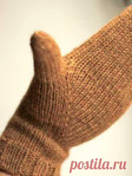 Варежки Sydänmaa с индийским клином большого пальца.