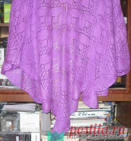 Ажурная шаль с узором Трилистники / Вязание спицами