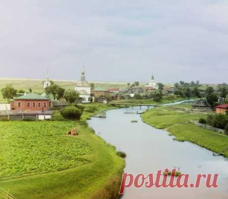 Ныне Суздаль широко известен как город-музей под открытым небом, заповедник древней архитектуры.