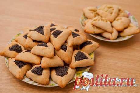 """Печенье """"Хаменташн"""" — рецепт       Хаменташн – традиционное угощенье еврейского народа, которое пекли к празднику Пурим. Его еще называют праздником пира и веселья. А праздничные блюда, как известно, всегда особенные. Не исключен…"""