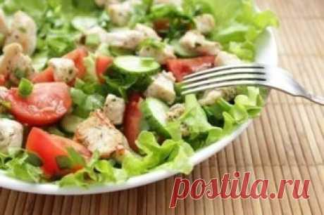 6 диетических рецептов салатов из курицы, они разнообразны, полезны и очень вкусны!  Сохрани себе!  1. Салат из пекинской капусты с курицей на 100грамм - 76.83 ккалБ/Ж/У - 9.56/3.29/1.44  Ингредиенты: Пекинская капуста — 300 г Куриное филе — 1 шт. Огурец — 1 шт. Яйцо — 4 шт. Зеленый лук — 1 пучок Соль, перец, сметана — по вкусу  Приготовление: 1. Ставим отваривать куриное филе (для аромата добавляем морковку, репчатый лук и лавровый лист. Бульон мы потом использовали для...