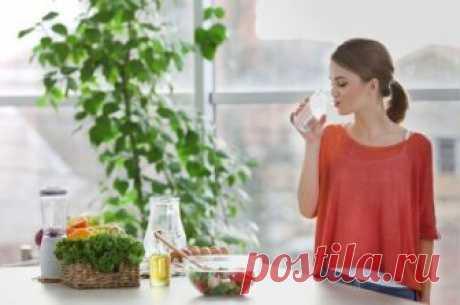 Растворить тромб. Какие продукты улучшают качество крови Правильная диета поможет справиться с густой кровью или, наоборот, повысить ее свертываемость.