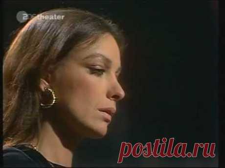 """Мари Лафоре: Исполнительница песни, мелодия которой более тринадцати лет каждый вечер звучала в программе """"Время"""". Видео."""