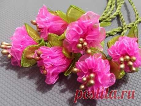 Красивые цветы - розочки из лент
