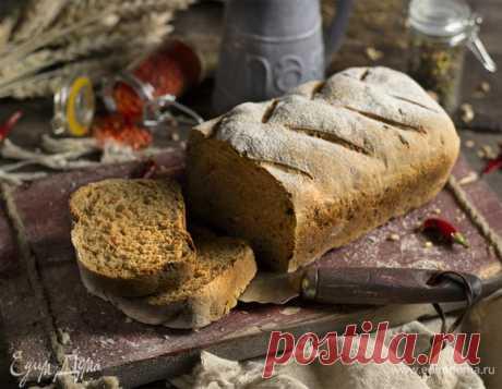 Хлеб из цельнозерновой муки на молоке. Ингредиенты: пшеничная мука цельнозерновая, пшеничная мука, молоко 2,5%