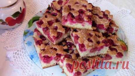 Самый простой  и самый быстрый рецепт вкуснейшего пирога с вишней .Чтобы посмотреть ролик , нажмите на ссылку #https://www.youtube.com/watch?v=qMDKO78FWd0 Самый простой  и самый быстрый рецепт вкуснейшего пирога с вишней ...