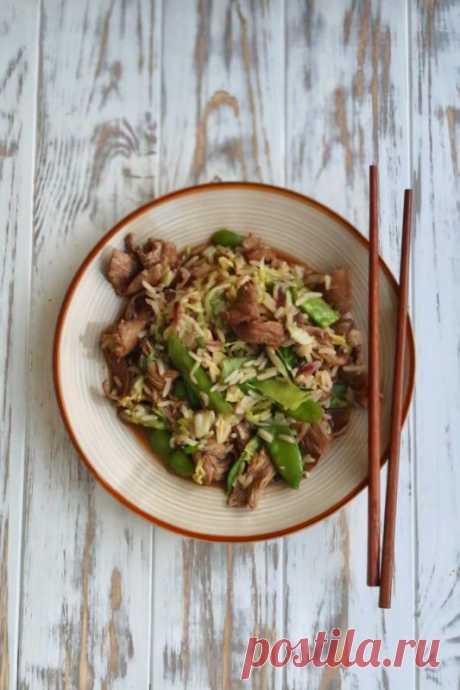 Стир-фрай из говядины, риса и пекинской капусты — Мой кулинарный дневник