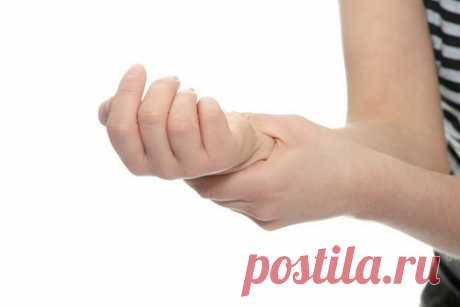 Se paralizan las manos de la causa el tratamiento. Las causas y el tratamiento. sovetylechenija.ru