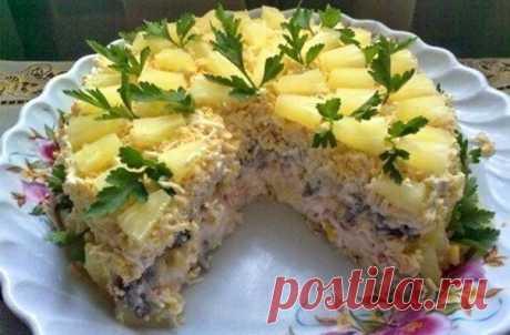 """Лучшие кулинарные рецепты : Торт-салат """"Чудо-слойка"""""""