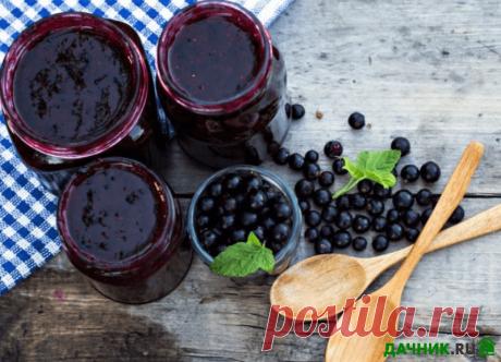 Варенье-пятиминутка из ягод чёрной смородины