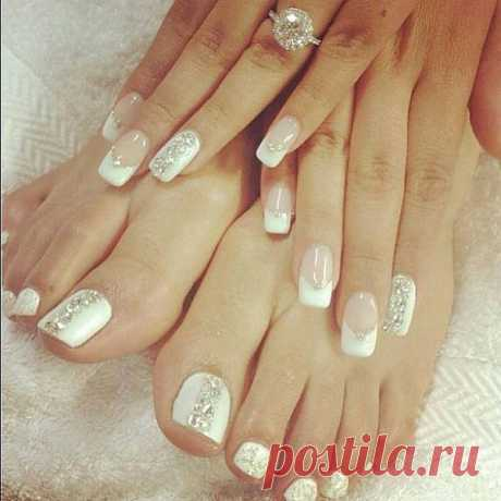 white - french manicure - bling - Wedding - nail art-...   Beauty