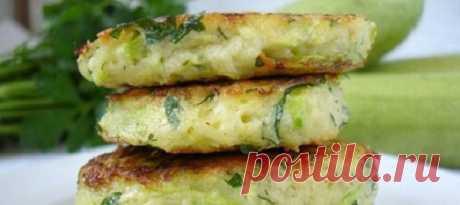 Быстрый, вкусный рецепт кабачковых оладий с сыром | На скорую руку | Яндекс Дзен