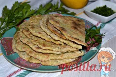 Наан - индийские лепешки с тыквой | рецепт с фото приготовлен лично Традиционный индийский хлеб - наан, лепешки из пшеничного пресного теста. Для начинки используют фарш из картошки, сыра, с чесноком, имбирем, тмином. Рецепт