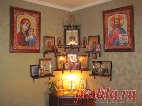 Икона в Церкви, икона в доме