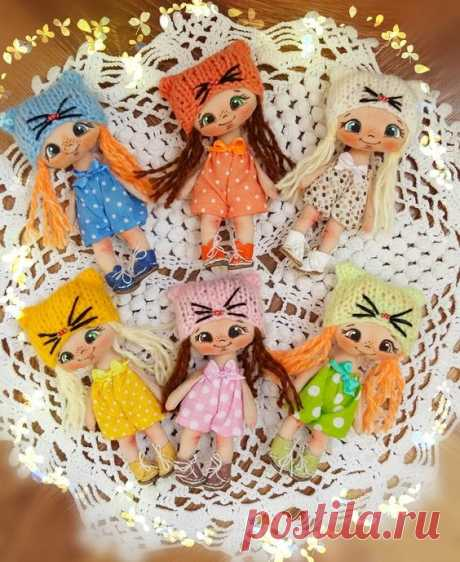 Very lovely small dolls