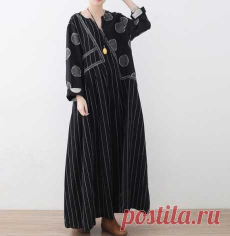 Long linen dress in black, large size Women's Dresses, black Maxi dress, long striped dress, long floor dress 【Fabric】  linen 【Color】 Black 【Size】 Shoulder 42cm / 16.4 Bust 120cm / 45 Sleeve 55cm / 22 Length 126cm / 49  Hem 226cm/ 88  Have any questions please contact me and I will be happy to help you.