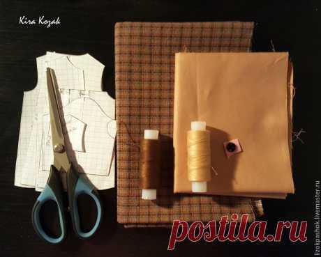 Шьем для куклы пальто со складкой на спинке – Ярмарка Мастеров
