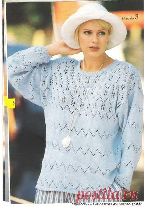 Спицы.Светло-голубой пуловер.