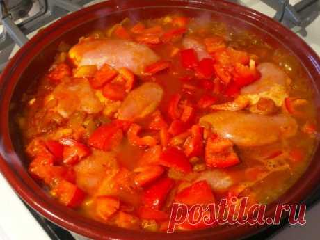 Рецепт привезенный давным-давно из Венгрии еще моей бабушкой. Вкуснее подливки для меня не существует!