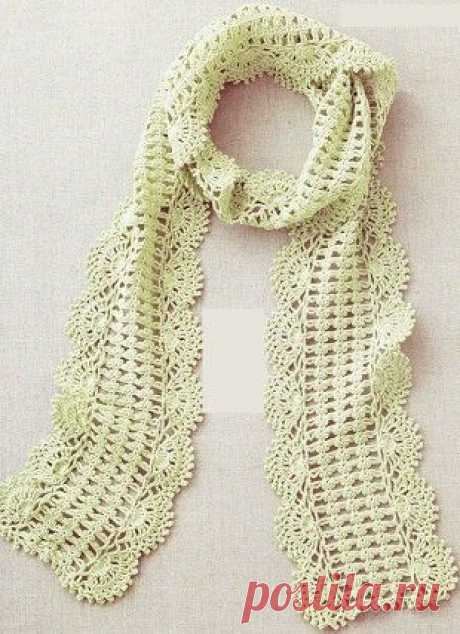 Ажурный шарфик с кружевным краем