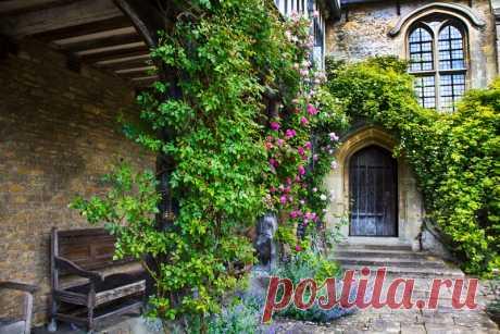 Great Chalfield Manor and Garden. Англия.