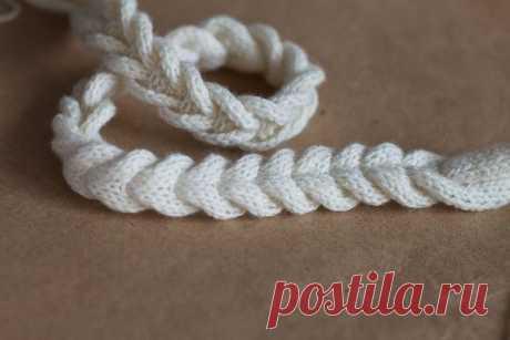 Интересный способ вязания косички