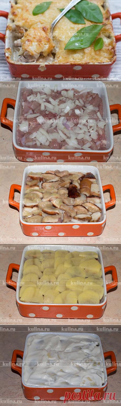 Курица по-генеральски - это роскошно, да?. = куриное мясо — 500 г. репчатый лук — 3 шт. картофель — 6 шт. сыр зелень белые грибы — 400 г. майонез/сметана — 100 г./100 г.