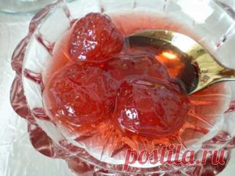 Варенье из клубники в собственном соку с цельными ягодками! — Бабушкины секреты