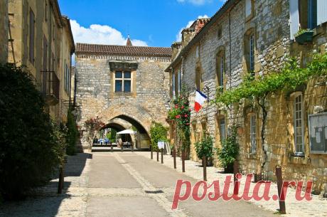 Самые красивые города Франции. Комуна Монпазье (Monpazier).