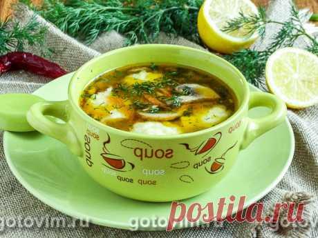 Гречневый суп с картофельными клецками и грибами. Рецепт с фото Любите ли вы супы? Если да, то рецепт этого необычного гречневого супа именно для вас. Суп будет с грибами, а вместо кусочков картофеля - картофельные клецки. Приготовьте и удивите родных новым блюдом.