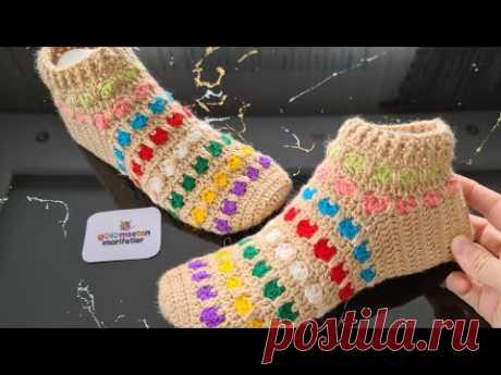 Модель вязаных тапочек разноцветного сердца (вязаные крючком женские носки)