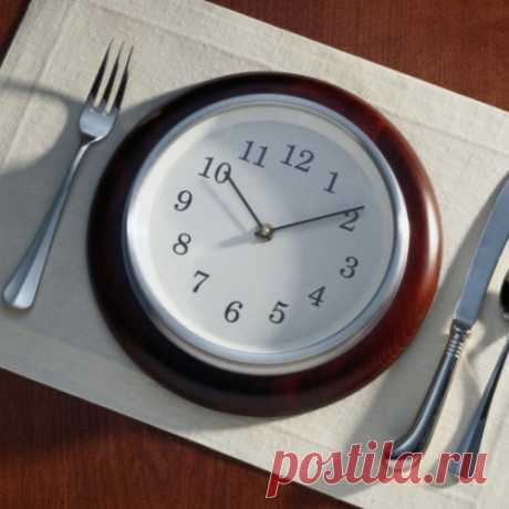 As change of time of meal influences your weight and a metabolism