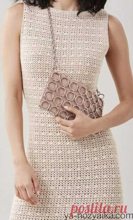 Вязаное платье футляр крючком схема. Вязаное платье футляр без рукавов